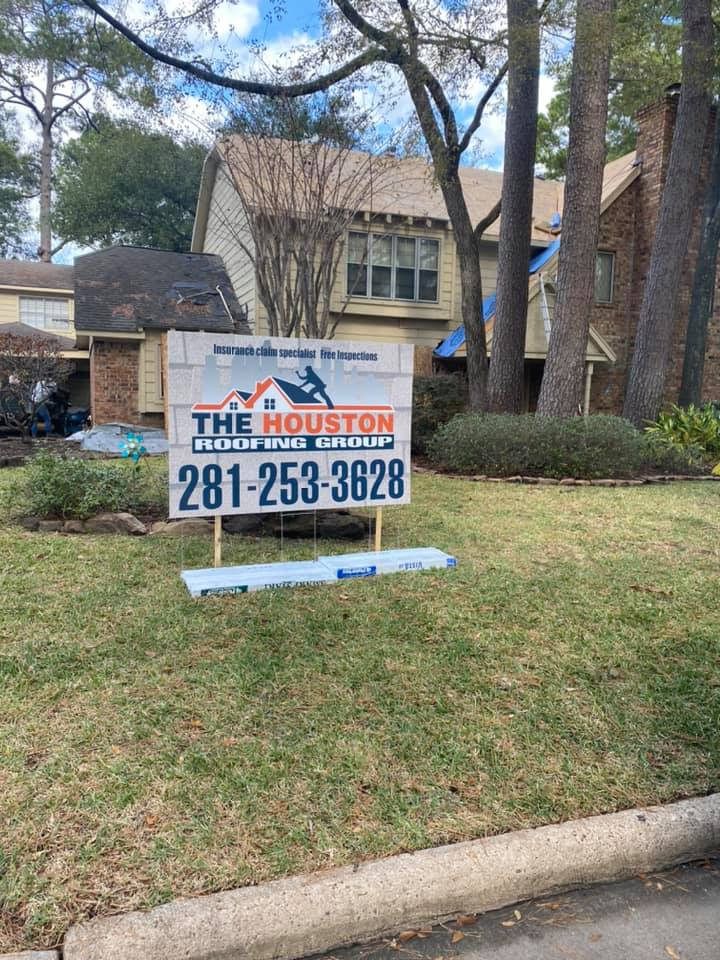What are the Benefits of Hiring a Local Roofer?
