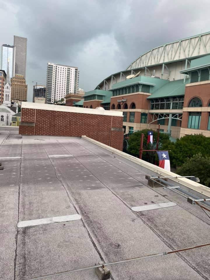 4 Benefits of Waterproofing Your Commercial Roof